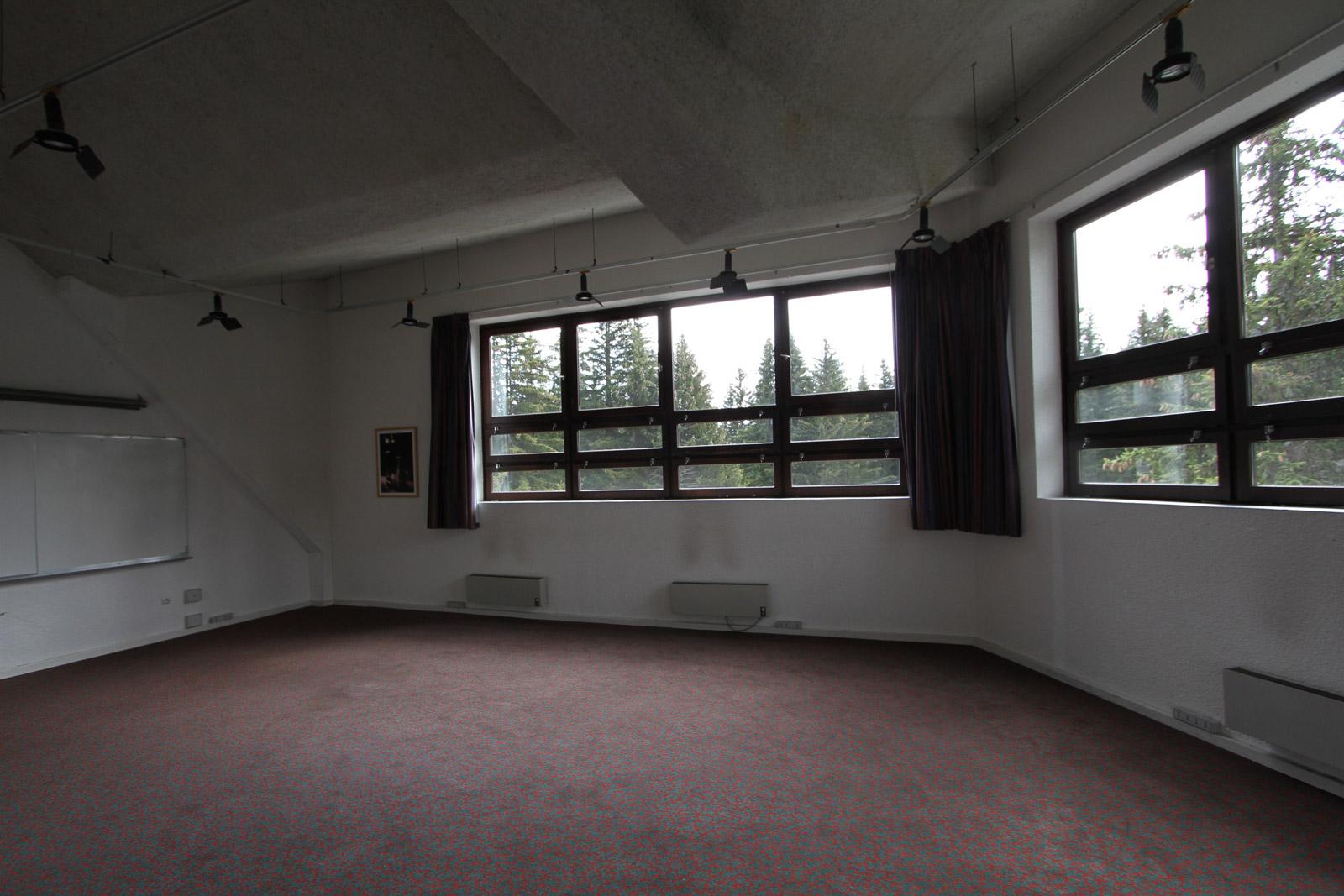 Salon 2 - AVANT